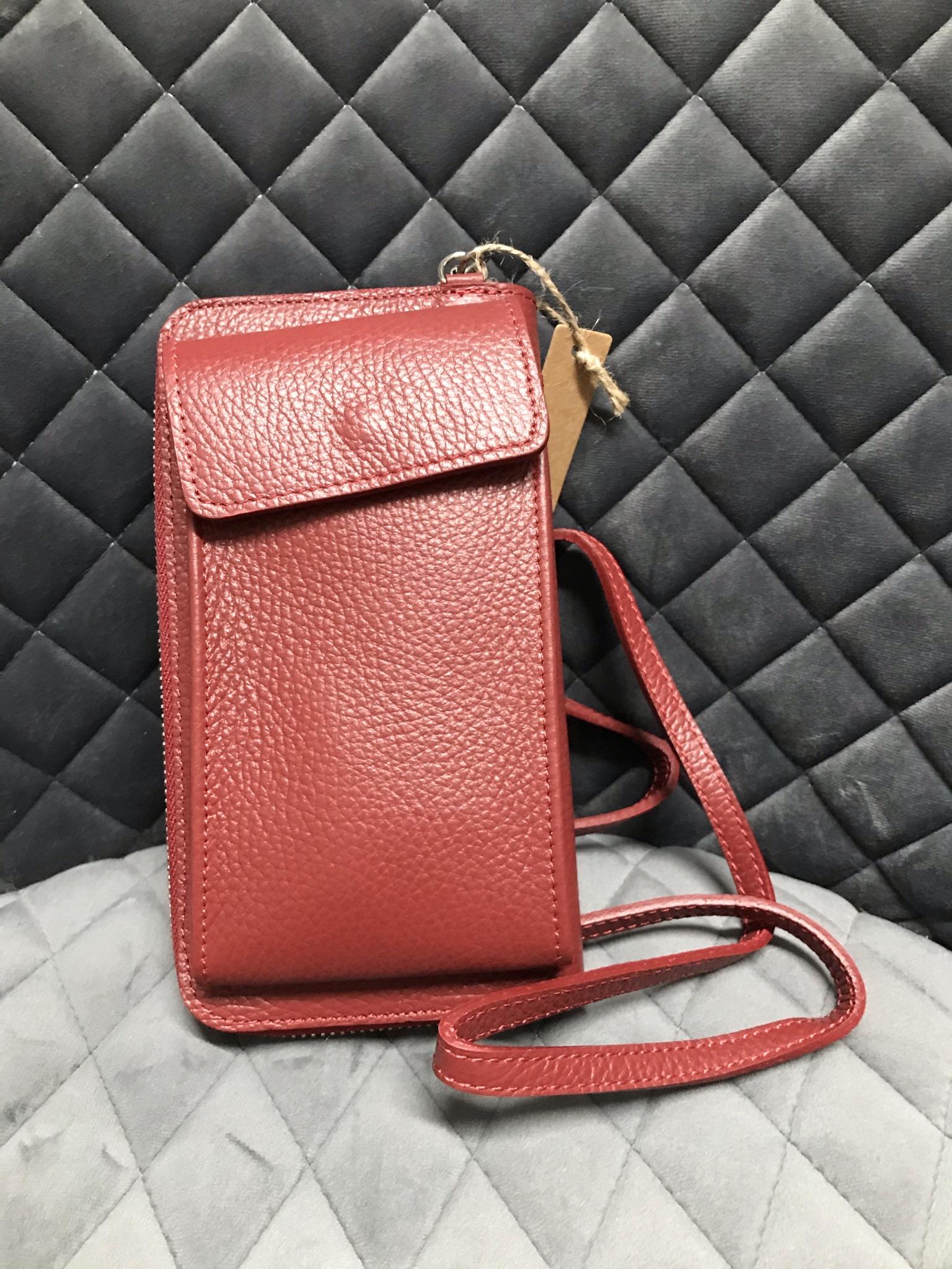 Handyportmonee aus rotem Leder