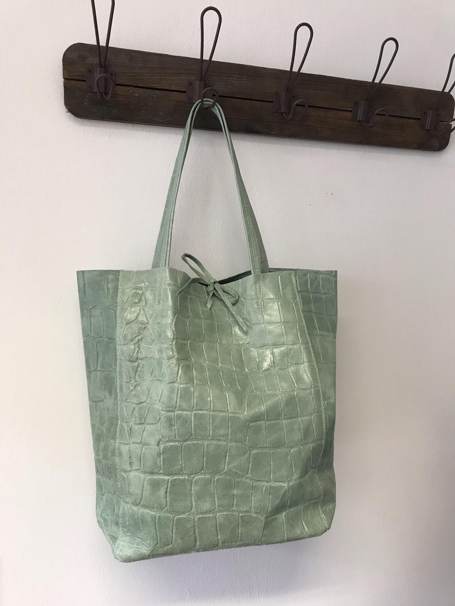 Damenhandtasche Leder in salbeifarben